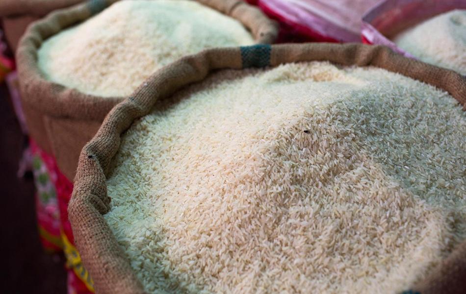 الطلب على الأرز يرتفع 50 %.. و الأسعارترتفع بنحو 300 جنيها بالطن
