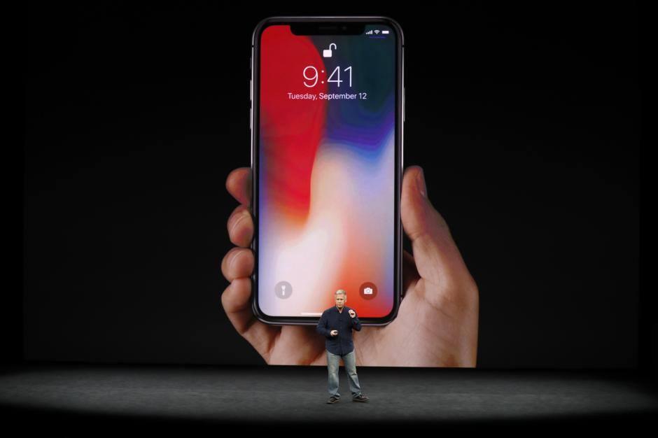توقعات بإطلاق هاتف  آيفون9  نهاية مارس - أموال الغد