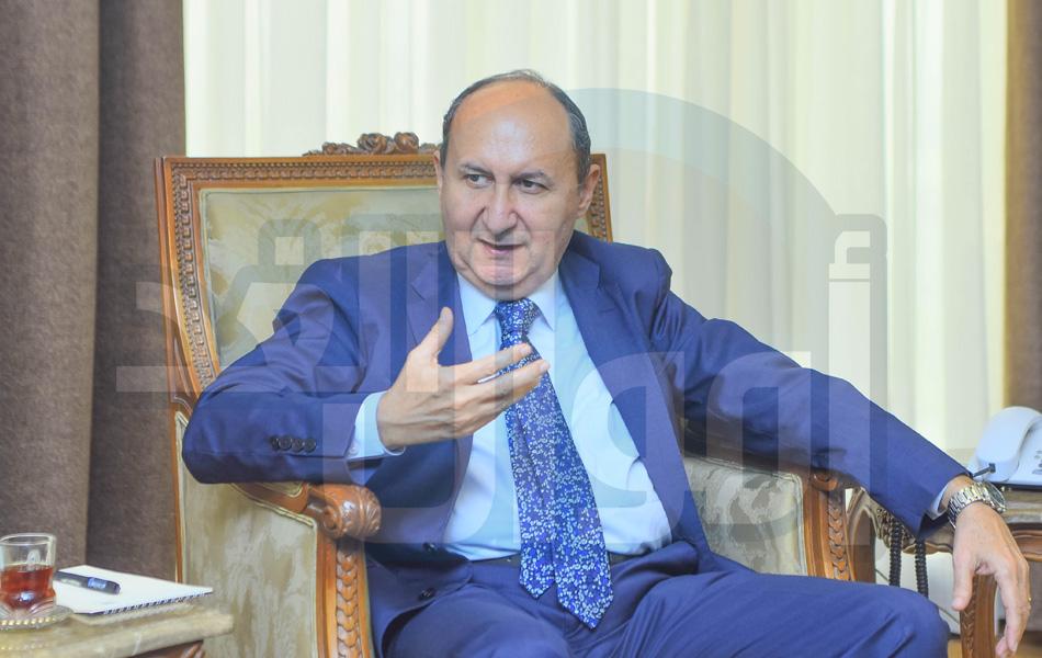وزارة الصناعة - المهندس عمرو نصار ، وزير التجارة والصناعة