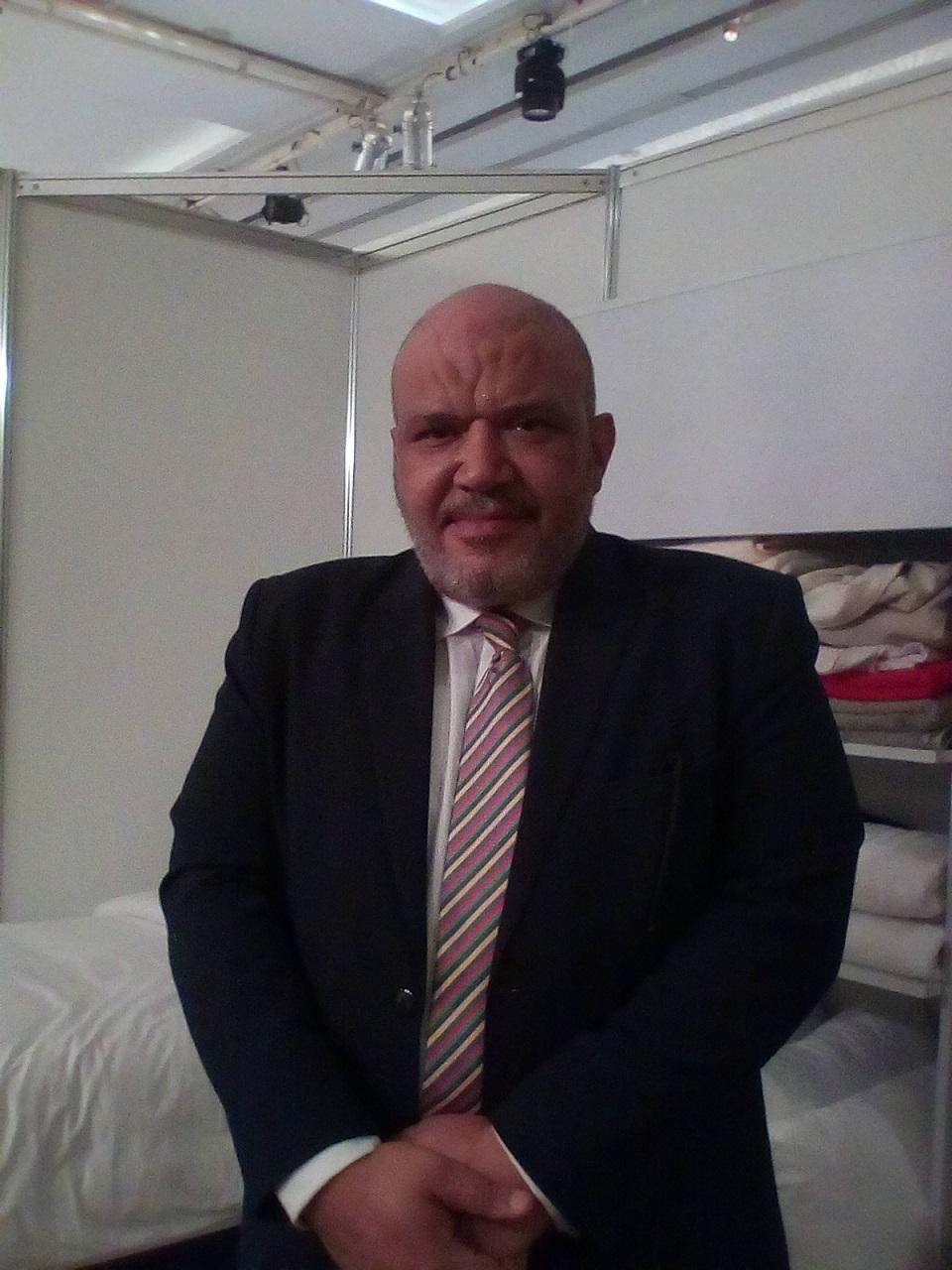 """وائل شرف مدير عام شركة """" TM UNIFORM & LINEN """""""