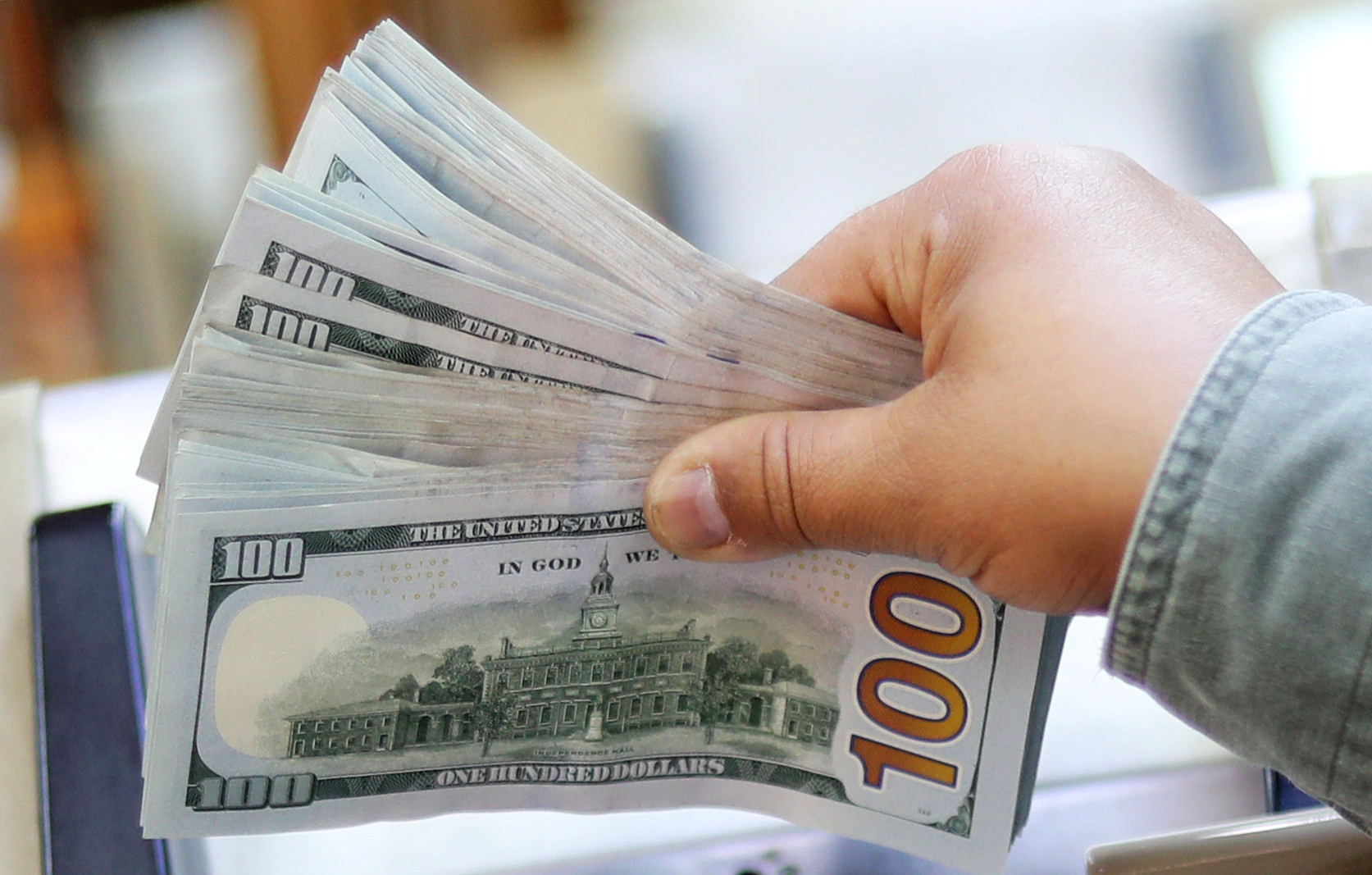 سعر الدولار اليوم الأربعاء 27 مايو أمام الجنيه - أموال الغد