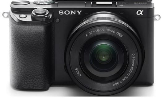 «سوني» تستعرض قدرات الكاميرا المدمجة «A6100» الخالية من المرايا